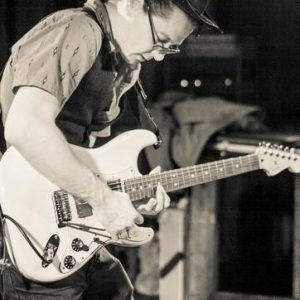 Dave Internicola- Guitar, Bass, Ukulele